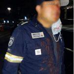 Golpean a policías Estatales tras acudir a apoyo de auto con reporte de robo